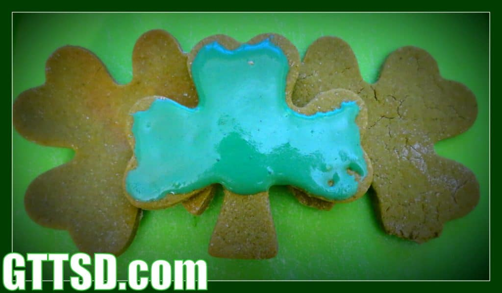 Shamrock Dog Cookies